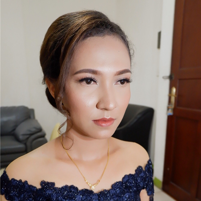 Special Occasions Makeup 3 by Troy Makeup Artist - 019