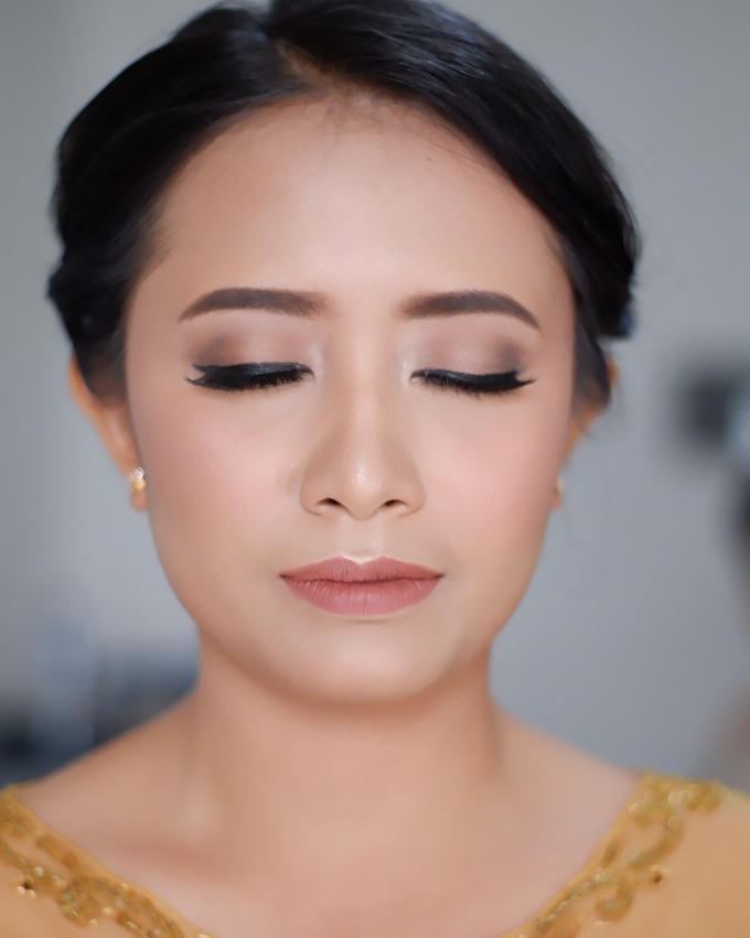 Bridesmaid Makeup 1 by Troy Makeup Artist - 032