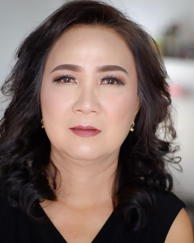 Mature women makeup 2 by Troy Makeup Artist - 001