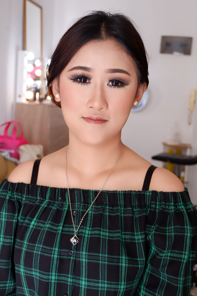 Special Occasions Makeup 3 by Troy Makeup Artist - 029