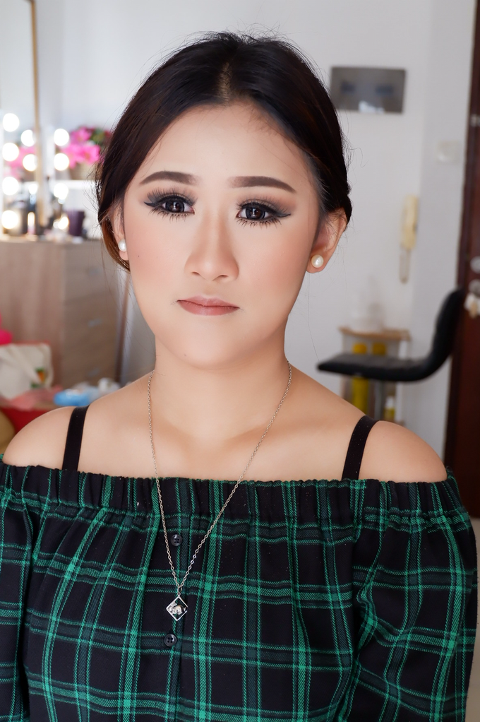 Special Occasions Makeup 3 by Troy Makeup Artist - 028
