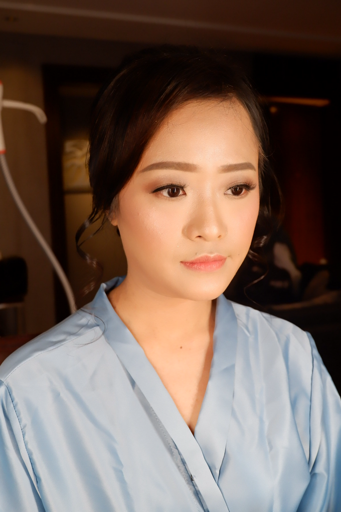 Bridesmaid makeup 2 by Troy Makeup Artist - 017