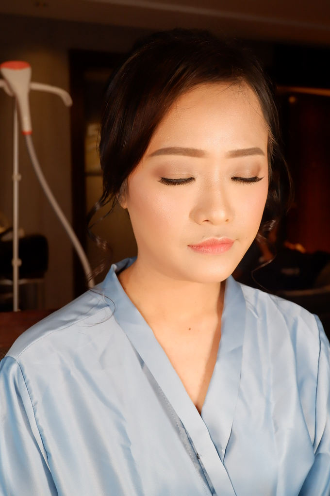 Bridesmaid makeup 2 by Troy Makeup Artist - 018
