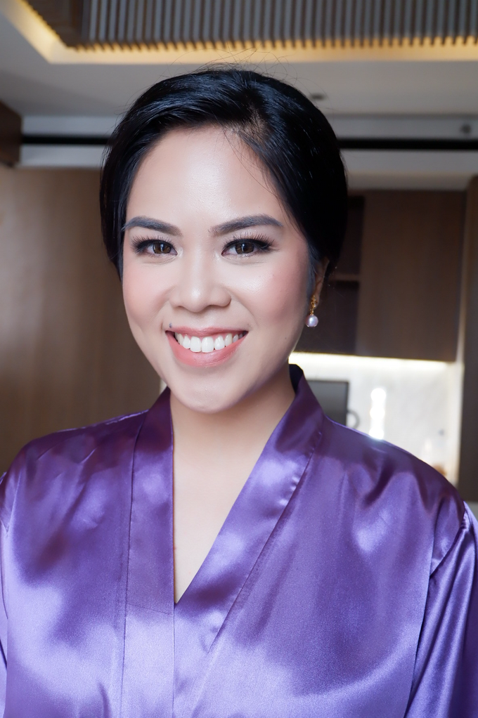 Bridesmaid makeup 2 by Troy Makeup Artist - 022