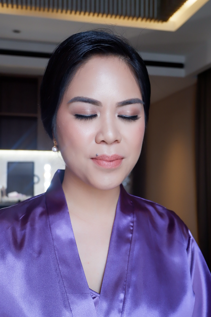 Bridesmaid makeup 2 by Troy Makeup Artist - 023