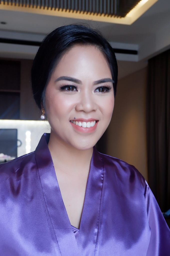 Bridesmaid makeup 2 by Troy Makeup Artist - 024