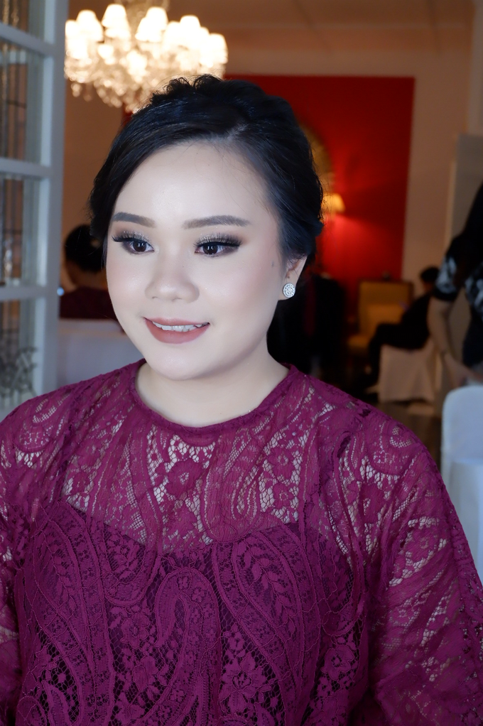 Bridesmaid makeup 2 by Troy Makeup Artist - 031