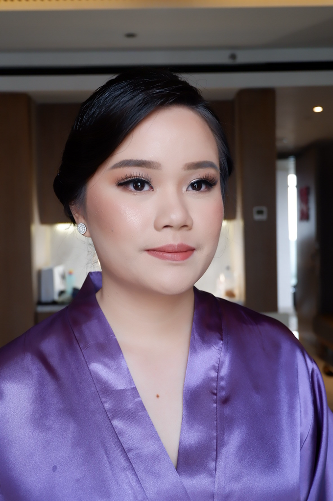 Bridesmaid makeup 2 by Troy Makeup Artist - 030