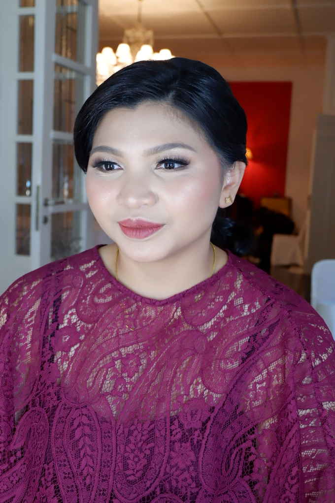 Bridesmaid makeup 2 by Troy Makeup Artist - 038