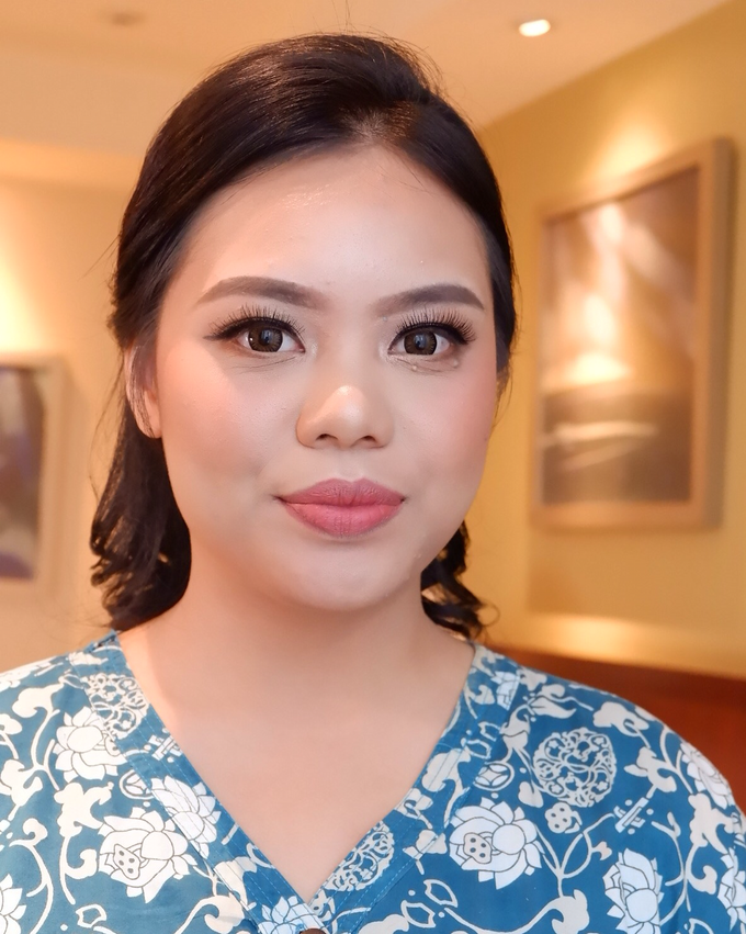 Bridesmaid makeup 2 by Troy Makeup Artist - 041
