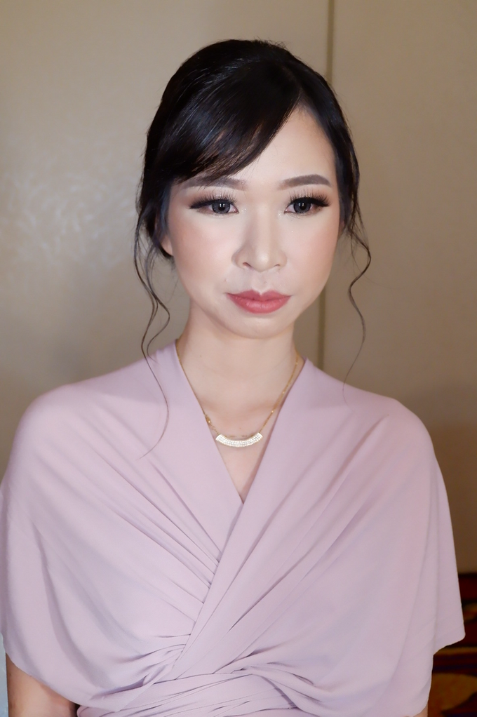 Bridesmaid makeup 2 by Troy Makeup Artist - 043
