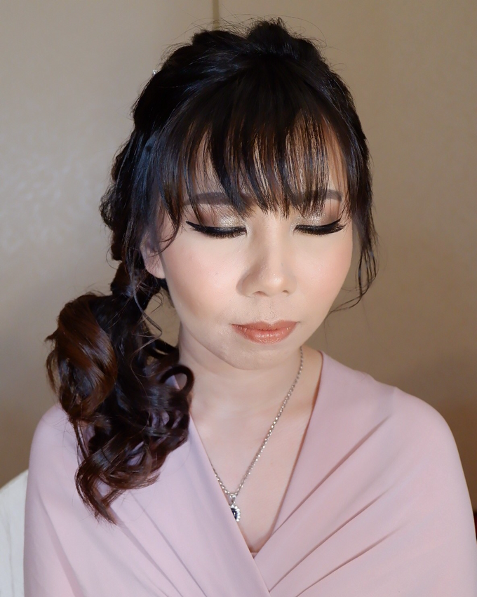 Bridesmaid makeup 2 by Troy Makeup Artist - 046