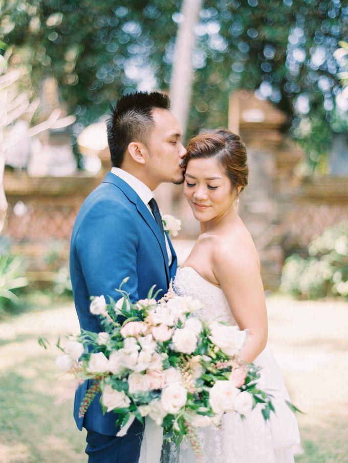Simple, elegant Bali villa wedding by TRYNH Photo - 029