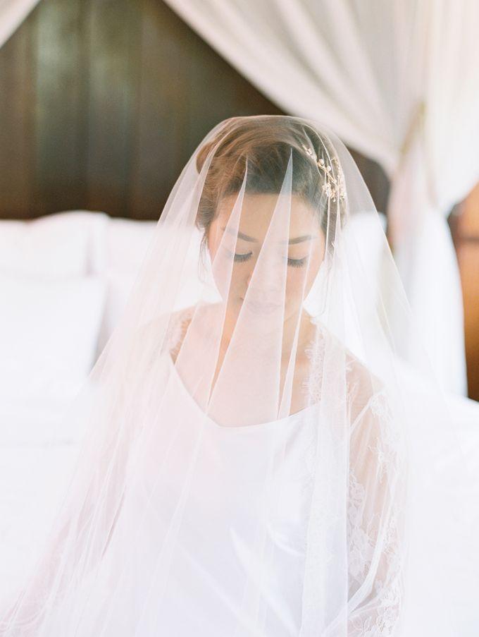 Simple, elegant Bali villa wedding by TRYNH Photo - 013