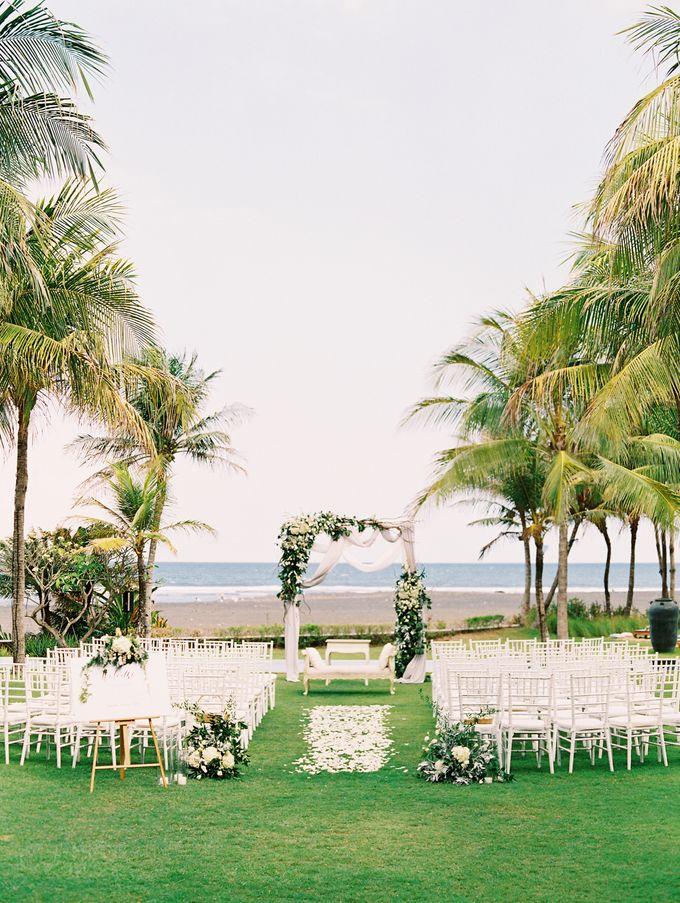 Simple, elegant Bali villa wedding by TRYNH Photo - 035