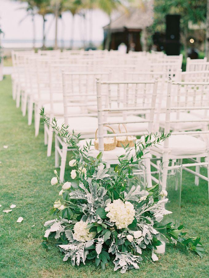 Simple, elegant Bali villa wedding by TRYNH Photo - 037