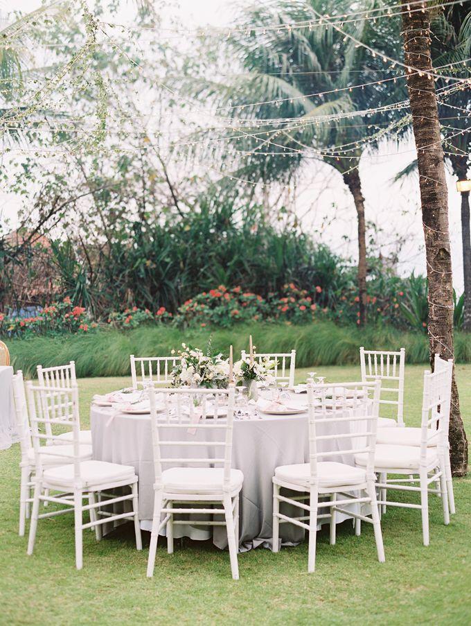 Simple, elegant Bali villa wedding by TRYNH Photo - 049