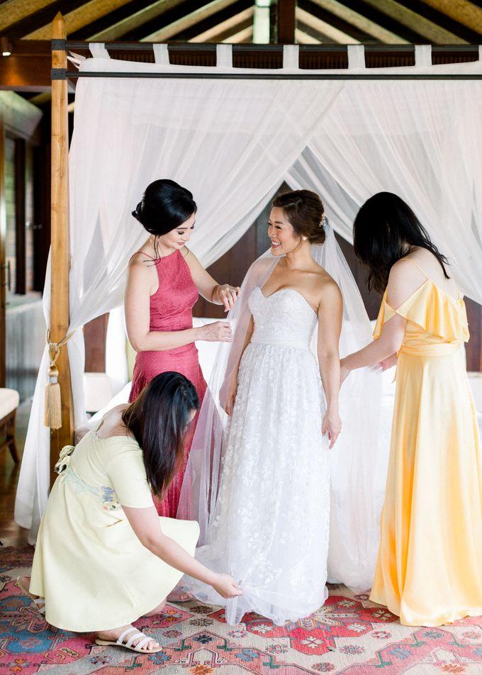 Simple, elegant Bali villa wedding by TRYNH Photo - 019