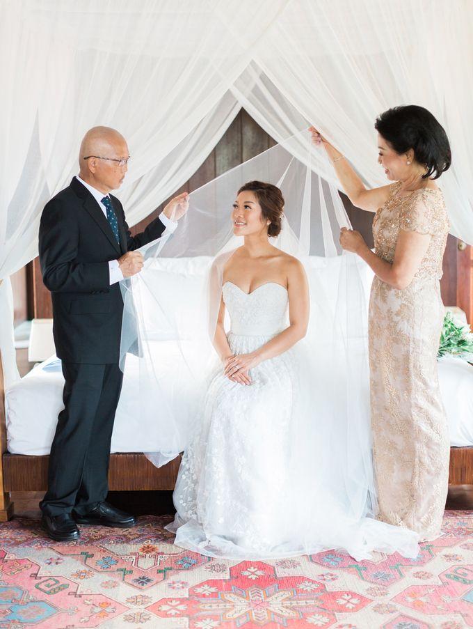 Simple, elegant Bali villa wedding by TRYNH Photo - 021