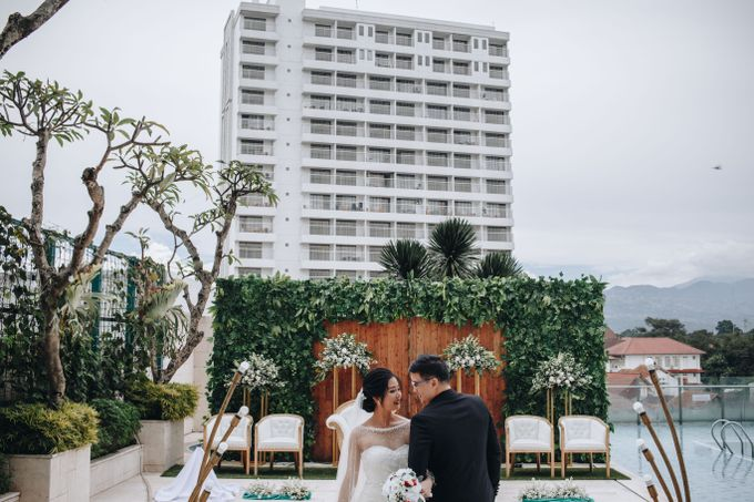 POOLSIDE WEDDING by Crowne Plaza Bandung - 031