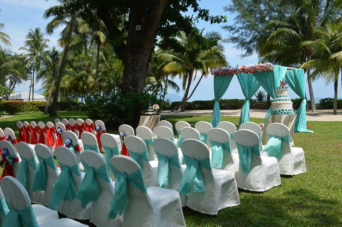 Wedding by the Beach by Shangri-La Rasa Sayang Resort - 005