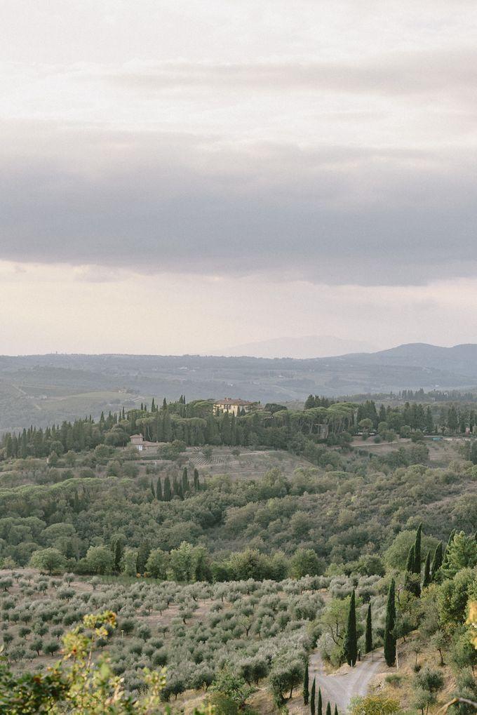 Wedding in Tuscany by Elias Kordelakos - 001