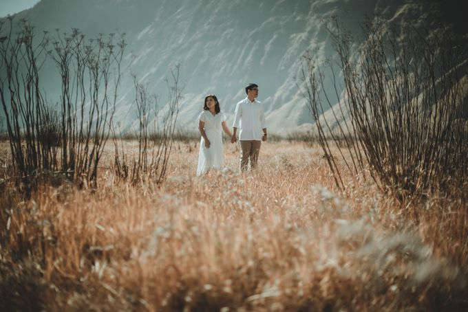Ardhya & Nindy Elopement Session by Chroma Pictures - 012