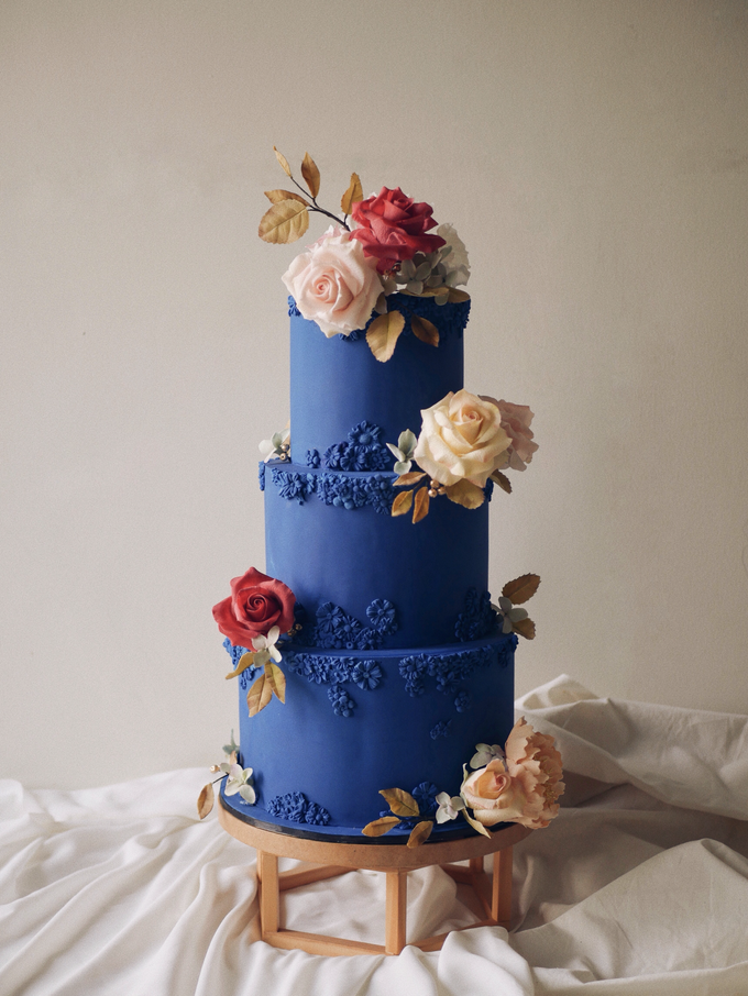 A royal blue affair by Twenty Two Cakes - 004