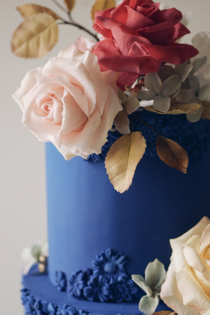 A royal blue affair by Twenty Two Cakes - 005