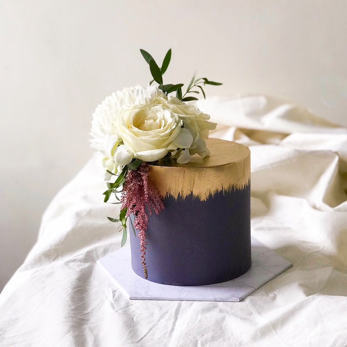 Single tier statement cakes by Twenty Two Cakes - 002