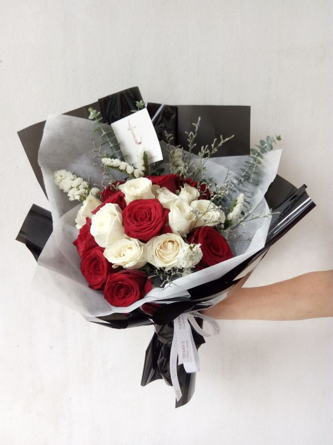 Gift Bouquet by Tiffany's Flower Room - 011