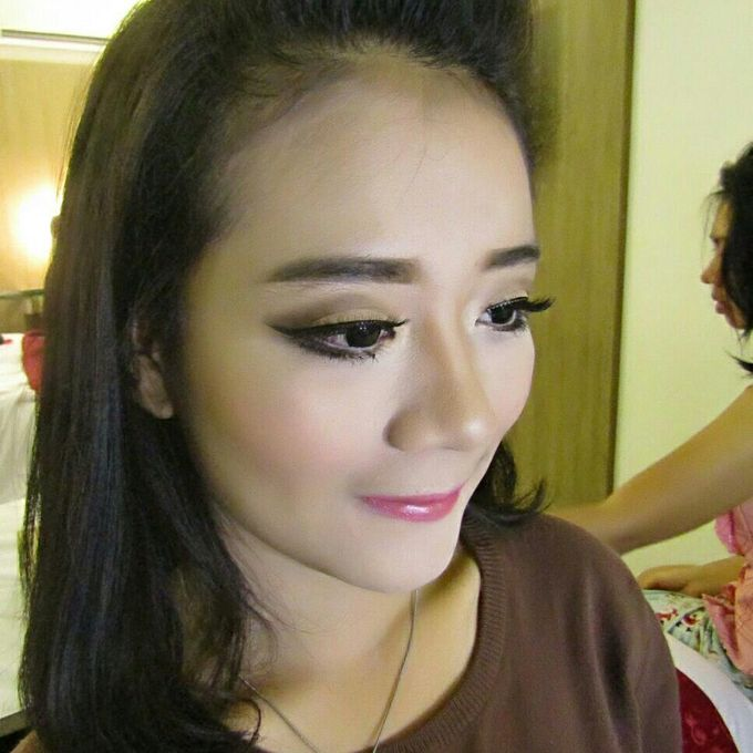 Add To Board Bridesmaid Make Up By Sissy Makeup Artis 001