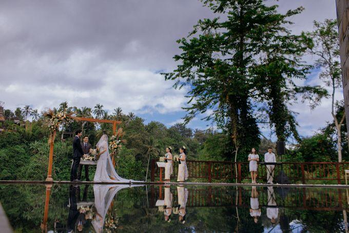 Ceremony at Hanging Garden by Bali Becik Wedding - 016