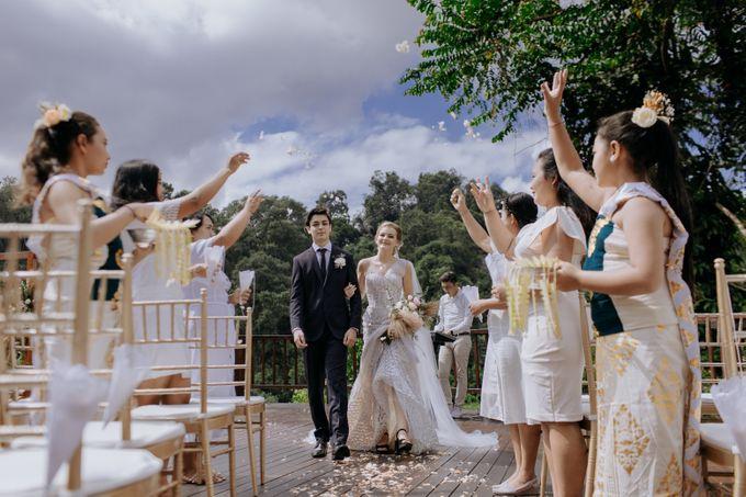 Ceremony at Hanging Garden by Bali Becik Wedding - 013