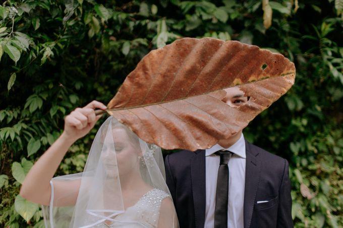 Ceremony at Hanging Garden by Bali Becik Wedding - 011
