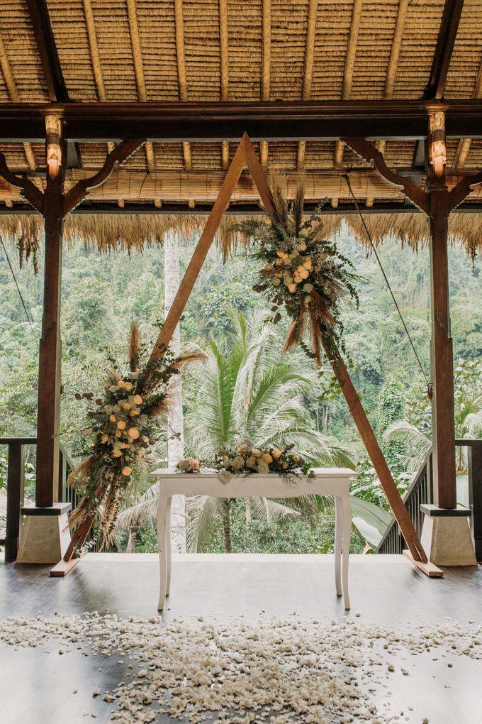 Ceremony at Hanging Garden by Bali Becik Wedding - 019