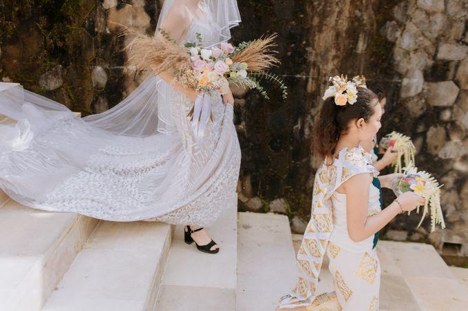 Ceremony at Hanging Garden by Bali Becik Wedding - 002