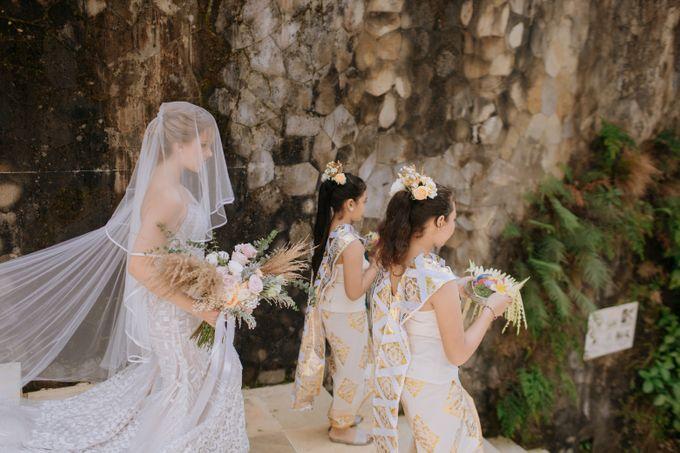 Ceremony at Hanging Garden by Bali Becik Wedding - 001