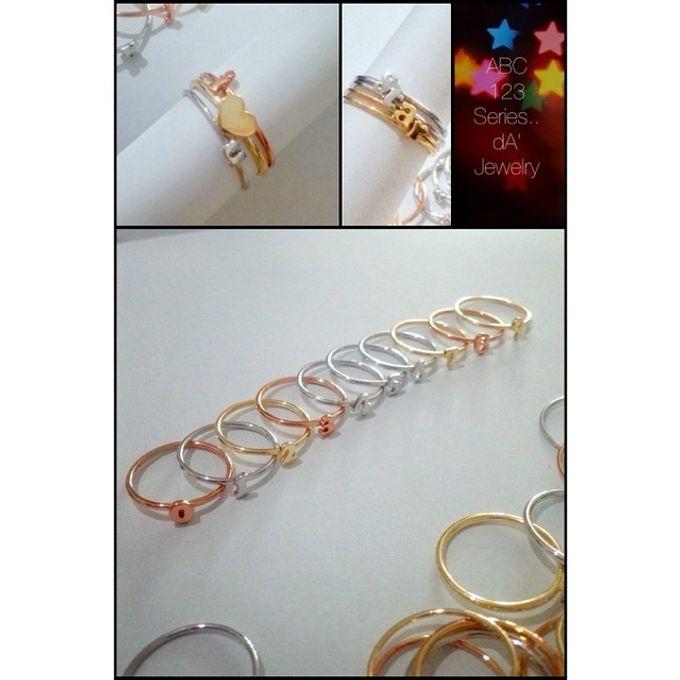 Name & Initial by DA Jewelry - 041