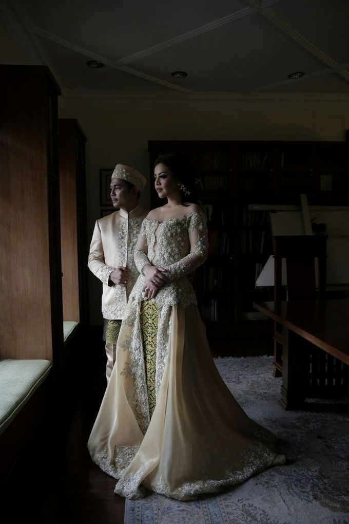 The Wedding Of Ajeng + Dedy by Wong Akbar Photography - 001