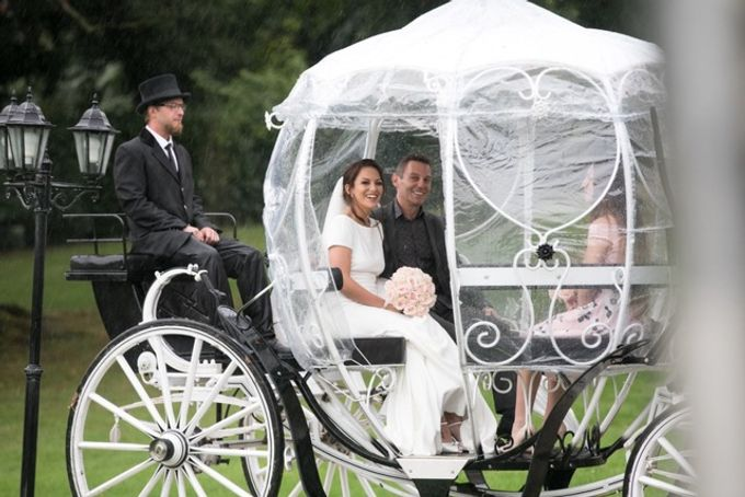 Rainy Wedding - Happy Wedding by Laura Z Organisation - 005