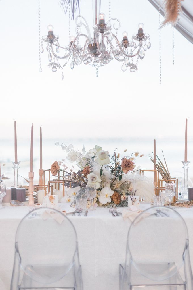 Destined-to-be A Romantic Contemporary by the beach by Designmill co. - 027