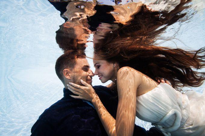 Pre Wedding & Honeymoon Underwater Photography by Drewperspectives - 009