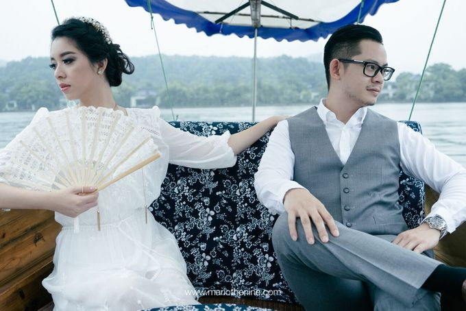 Henry & Beby Outdoor Prewedding by Mario The Nine - 011