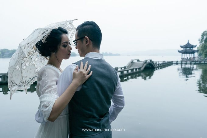 Henry & Beby Outdoor Prewedding by Mario The Nine - 006