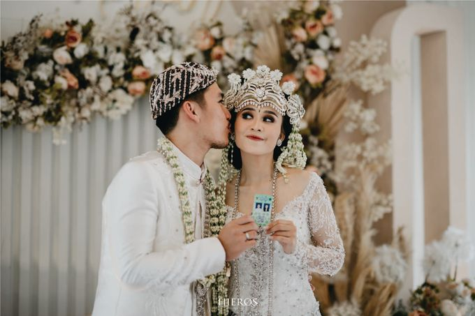 Puspita & Novan Wedding Decoration by Valentine Wedding Decoration - 005