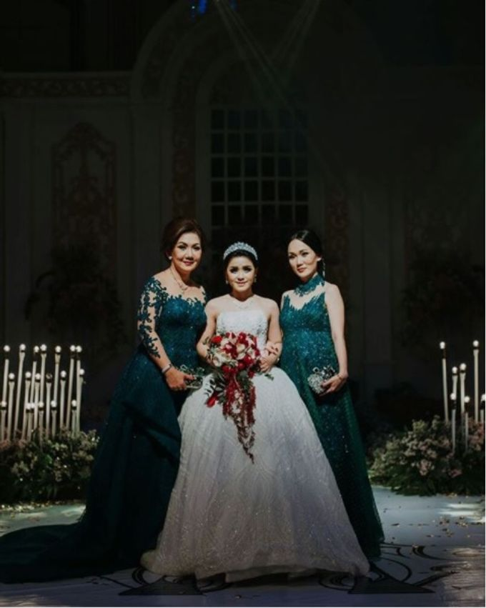 THE WEDDING OF MELLY & ALEX by natalia soetjipto - 005