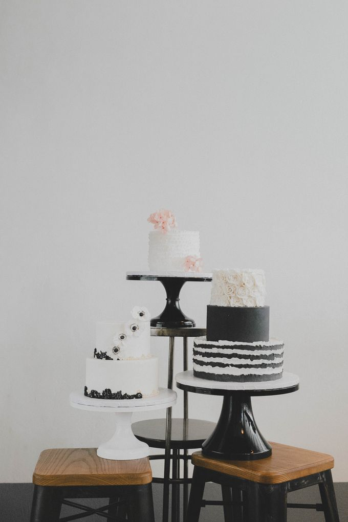 Casual Chic Styled Shoot by Winifred Kristé Cake - 006