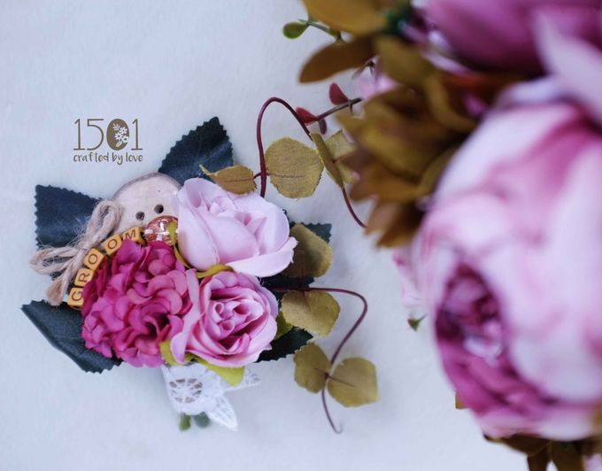 boutonnieres by 1501 - 007