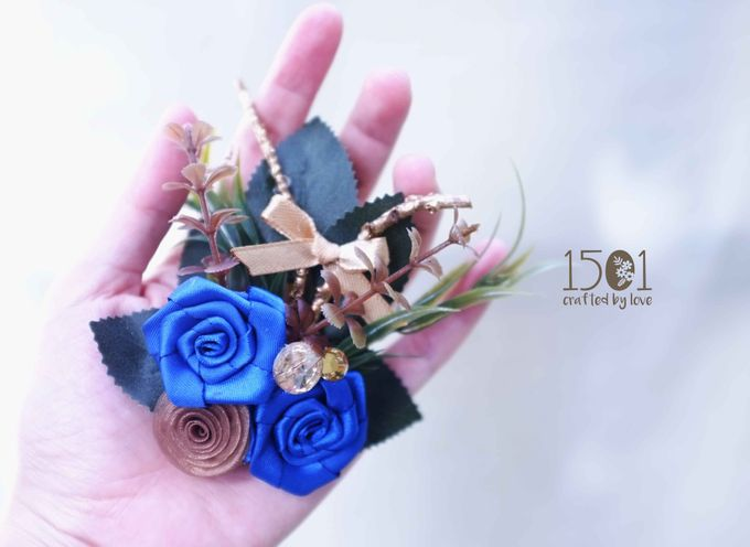 boutonnieres by 1501 - 004